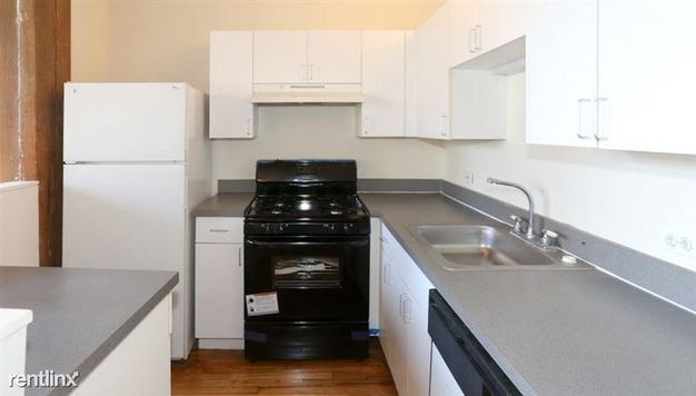 1 Bedroom 1 Bathroom Apartment for rent at 1900 S Clark St in Chicago, IL