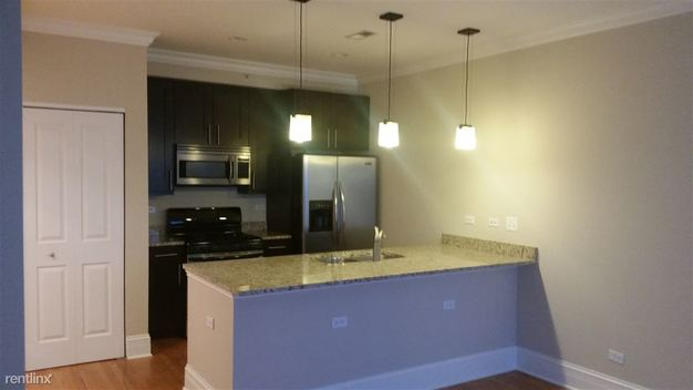 2 Bedrooms 2 Bathrooms Apartment for rent at 834 Judson Ave in Evanston, IL