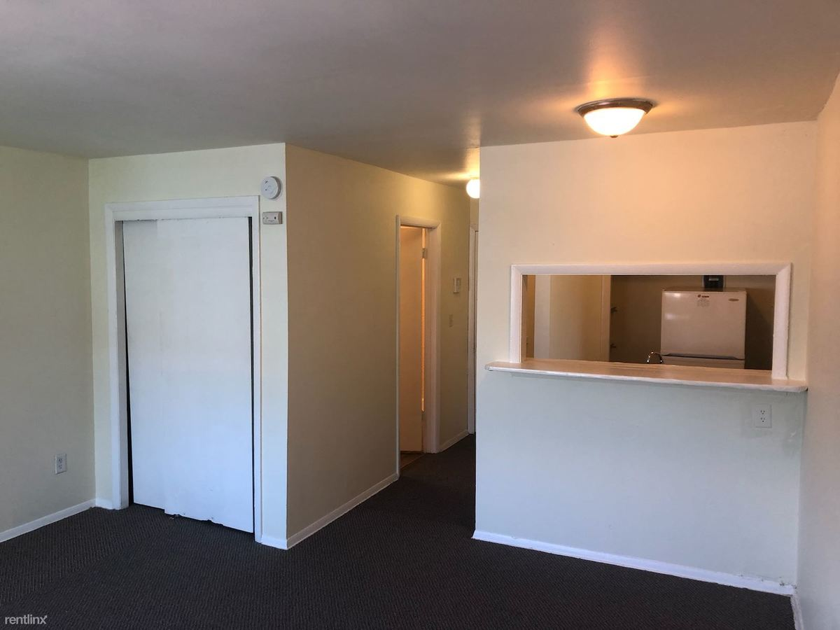 Studio 1 Bathroom Apartment for rent at Kilbourn Commons in Milwaukee, WI