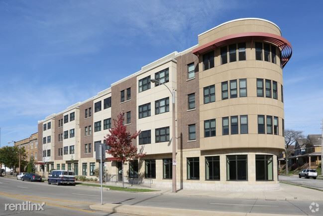 3 Bedrooms 1 Bathroom House for rent at Umcs Townhomes in Milwaukee, WI