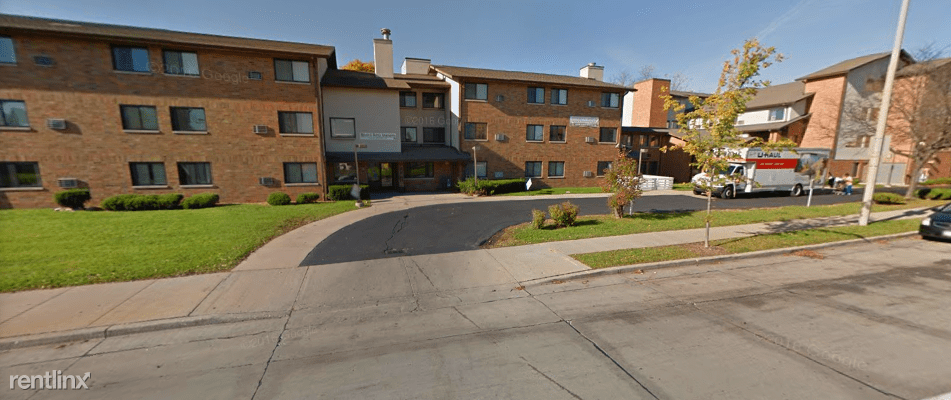 1 Bedroom 1 Bathroom Apartment for rent at 3131 N Dr Martin Luther King Jr Dr in Milwaukee, WI