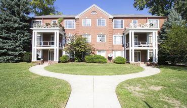 Similar Apartment at 2204 Kenwood Blvd