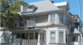 Similar Apartment at 204 W. Gilman Street