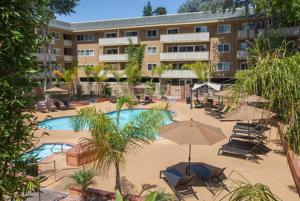 Apartments Near Foothill Regency At Mountain View for Foothill College Students in Los Altos Hills, CA