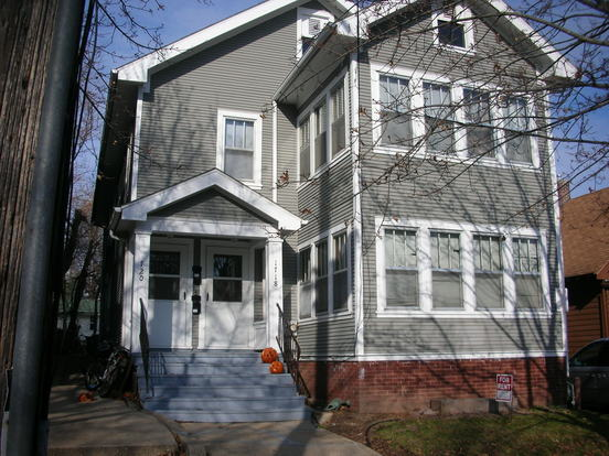 3 Bedrooms 1 Bathroom House for rent at 1718-1720 Van Hise Ave in Madison, WI