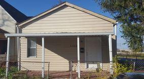 Similar Apartment at 1102 S Illinois St