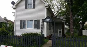 Similar Apartment at 2214 N Avondale Pl