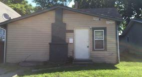 Similar Apartment at 1333 S Pershing Ave