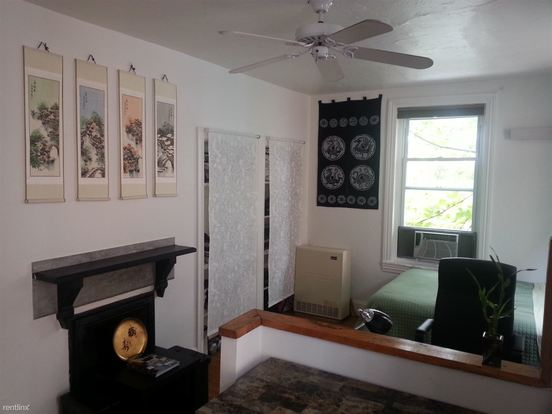 Studio 1 Bathroom House for rent at 264 S 21st St in Philadelphia, PA