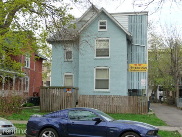 3 Bedrooms 1 Bathroom Apartment for rent at 921 Mary St Apt 2 in Ann Arbor, MI
