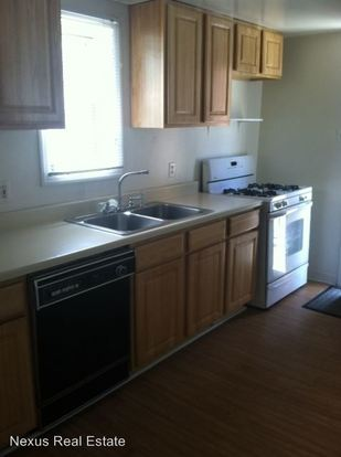 3 Bedrooms 2 Bathrooms Apartment for rent at 127 South 17th Street in Pittsburgh, PA