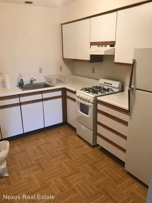 3 Bedrooms 1 Bathroom Apartment for rent at 233 Ridgewood Avenue in Pittsburgh, PA