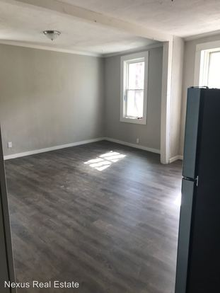 2 Bedrooms 1 Bathroom Apartment for rent at 473 Wall Ave in Wall, PA