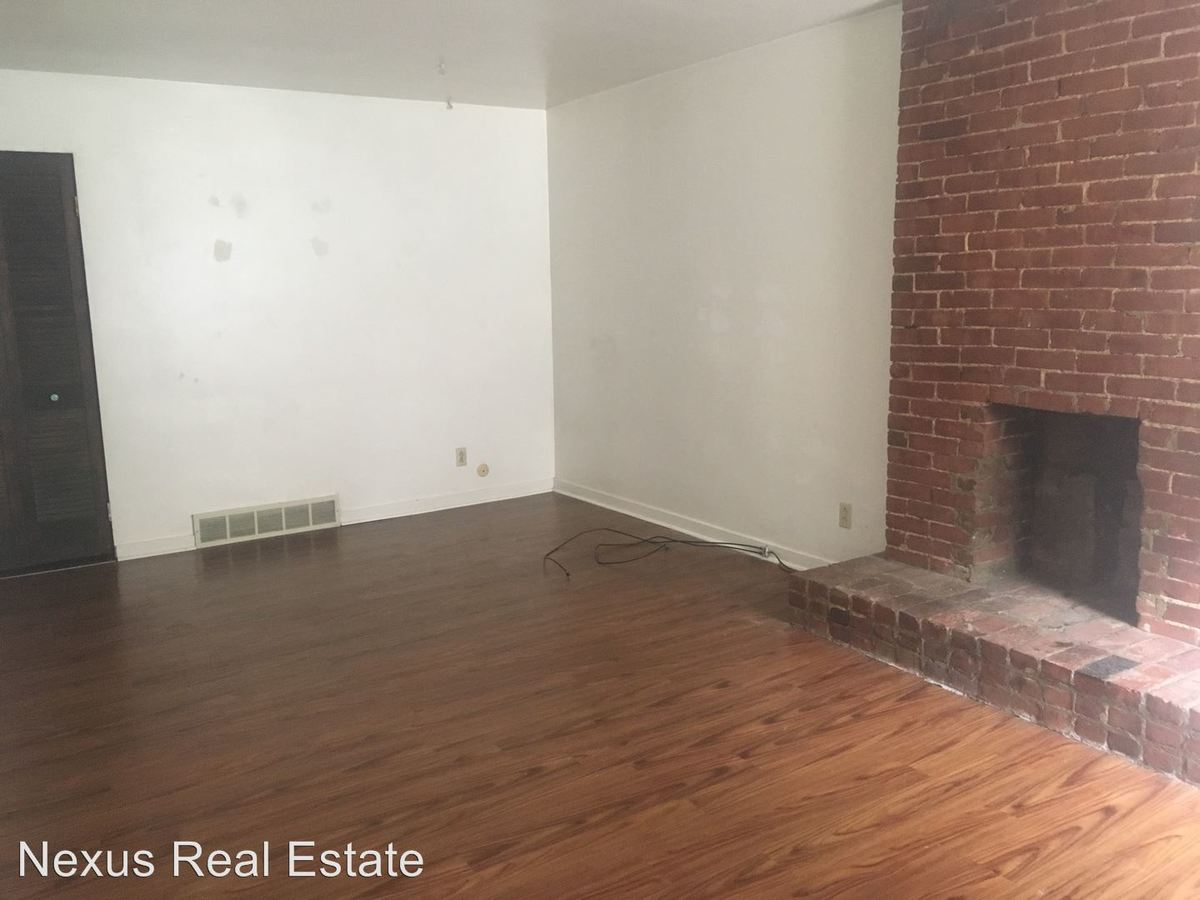 1 Bedroom 1 Bathroom Apartment for rent at 640 Maryland Avenue in Pittsburgh, PA