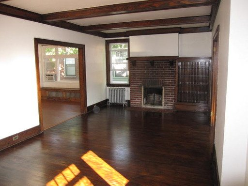 2 Bedrooms 1 Bathroom Apartment for rent at 526 St James Place in Pittsburgh, PA