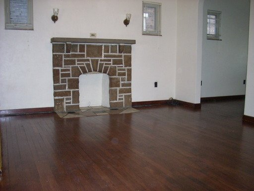 2 Bedrooms 1 Bathroom Apartment for rent at 264 39th Street in Pittsburgh, PA