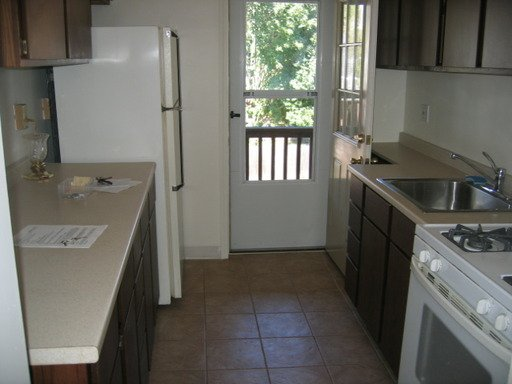 1 Bedroom 1 Bathroom Apartment for rent at 7739 Forbes Avenue - Upper in Pittsburgh, PA