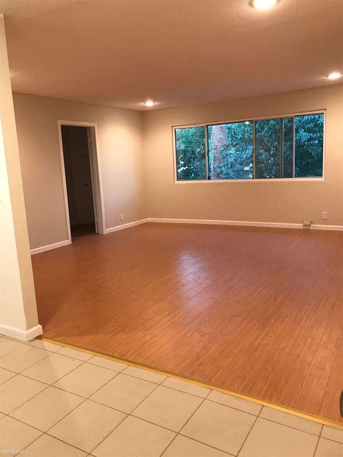 1 Bedroom 1 Bathroom Apartment for rent at 7237 Amigo Ave in Reseda, CA