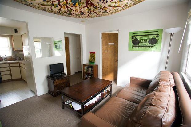 2 Bedrooms 1 Bathroom House for rent at 321 John St in Ann Arbor, MI