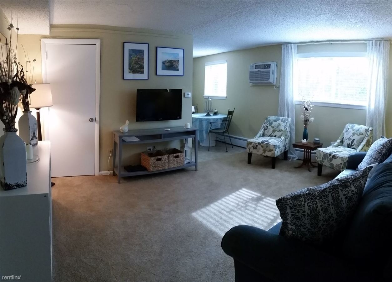 1 Bedroom 1 Bathroom Apartment for rent at Creek Road Apartments in Drexel Hill, PA