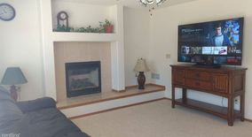 Clean And Well Maintained Furnished 3 Bedroom Home In Colorado Springs