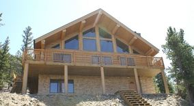 Beautiful Western Red Cedar Log Home For Rent With Spectacular Views Of Rollins Pass & The Continental Divide