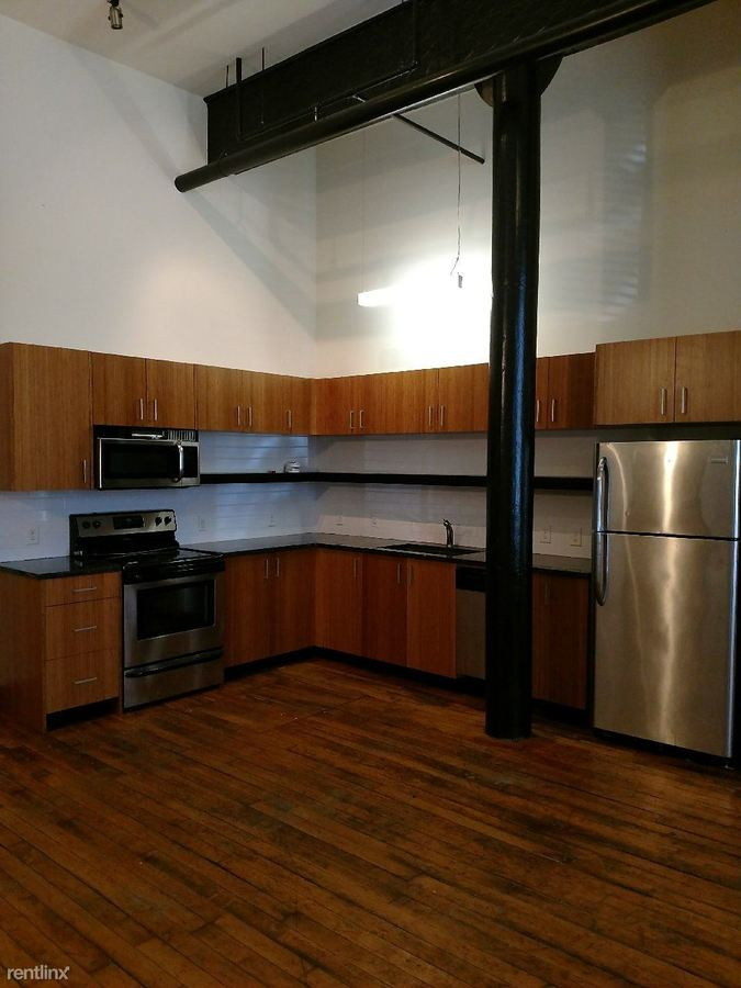 1 Bedroom 1 Bathroom Apartment for rent at 1322 W Broad St in Richmond, VA