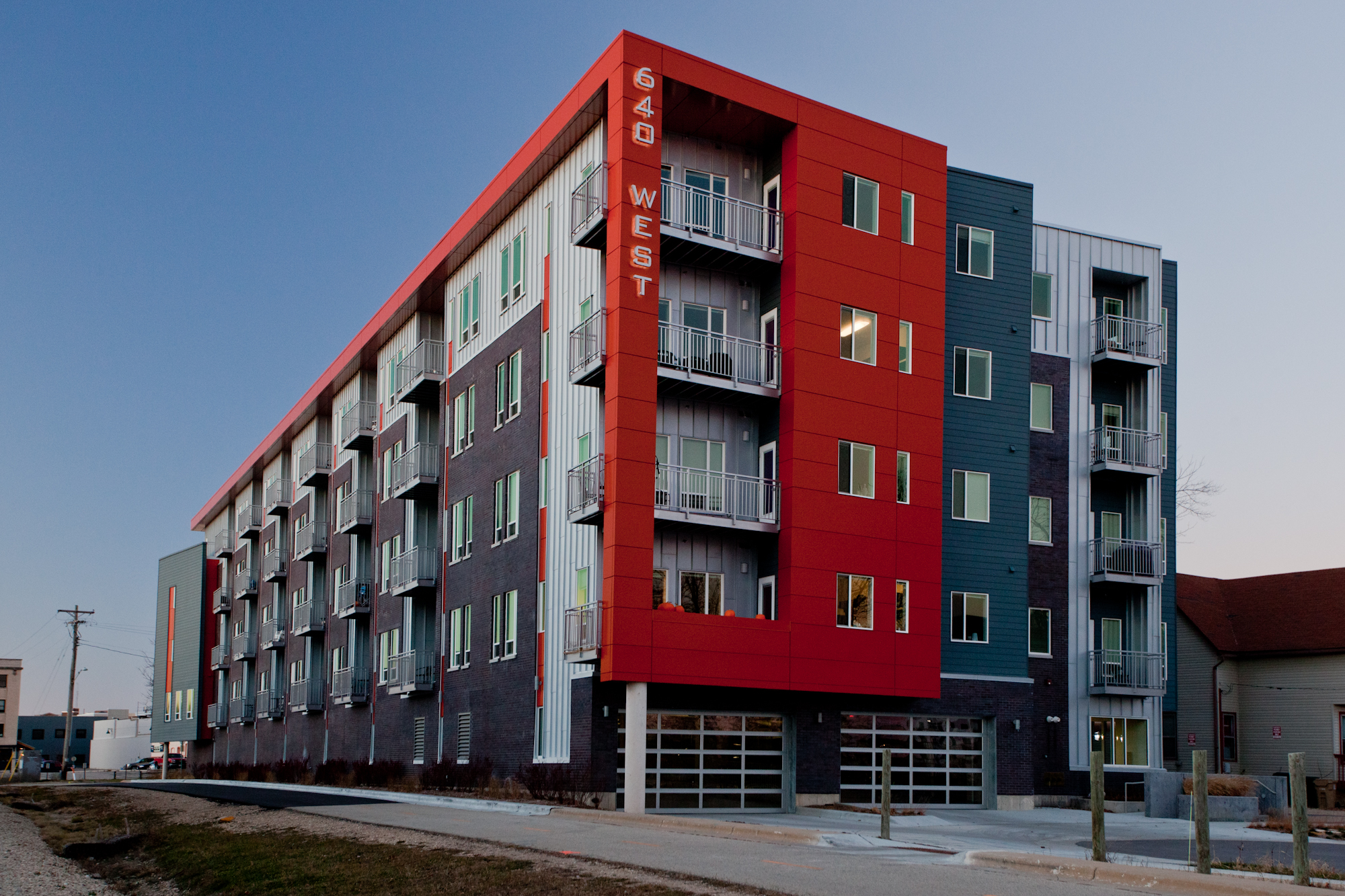 Apartments Near Wisconsin 640 West for Wisconsin Students in , WI