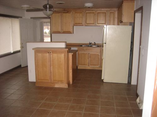 3 Bedrooms 1 Bathroom House for rent at 4517 School Road in Madison, WI