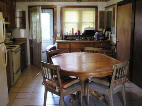 2 Bedrooms 1 Bathroom House for rent at 219 West Main St in Madison, WI