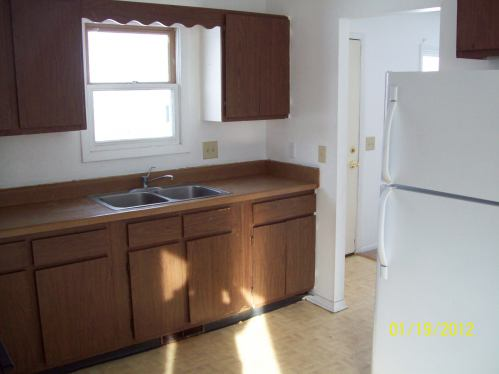 2 Bedrooms 1 Bathroom House for rent at Duplex at 509-511 Dapin Road in Madison, WI