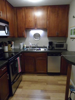 1 Bedroom 1 Bathroom Apartment for rent at 3729 Snelling Avenue in Minneapolis, MN