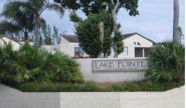 214 Lake Pointe Dr
