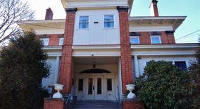 Similar Apartment at 127 Delafield Rd