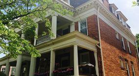Similar Apartment at 5622 Stanton Ave