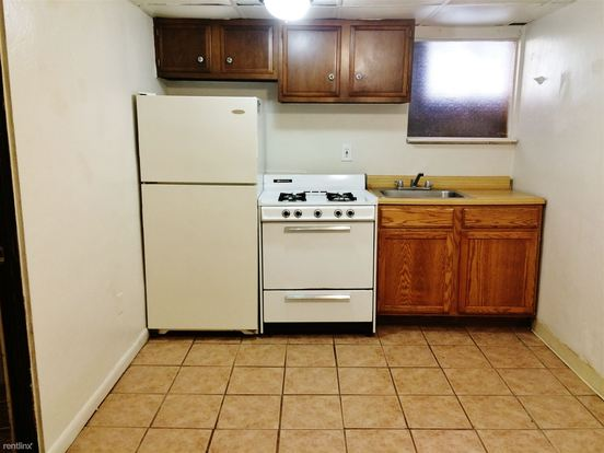 1 Bedroom 1 Bathroom Apartment for rent at 371 S Negley Ave in Pittsburgh, PA