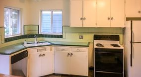 Similar Apartment at 15525 Greenwood Ave N