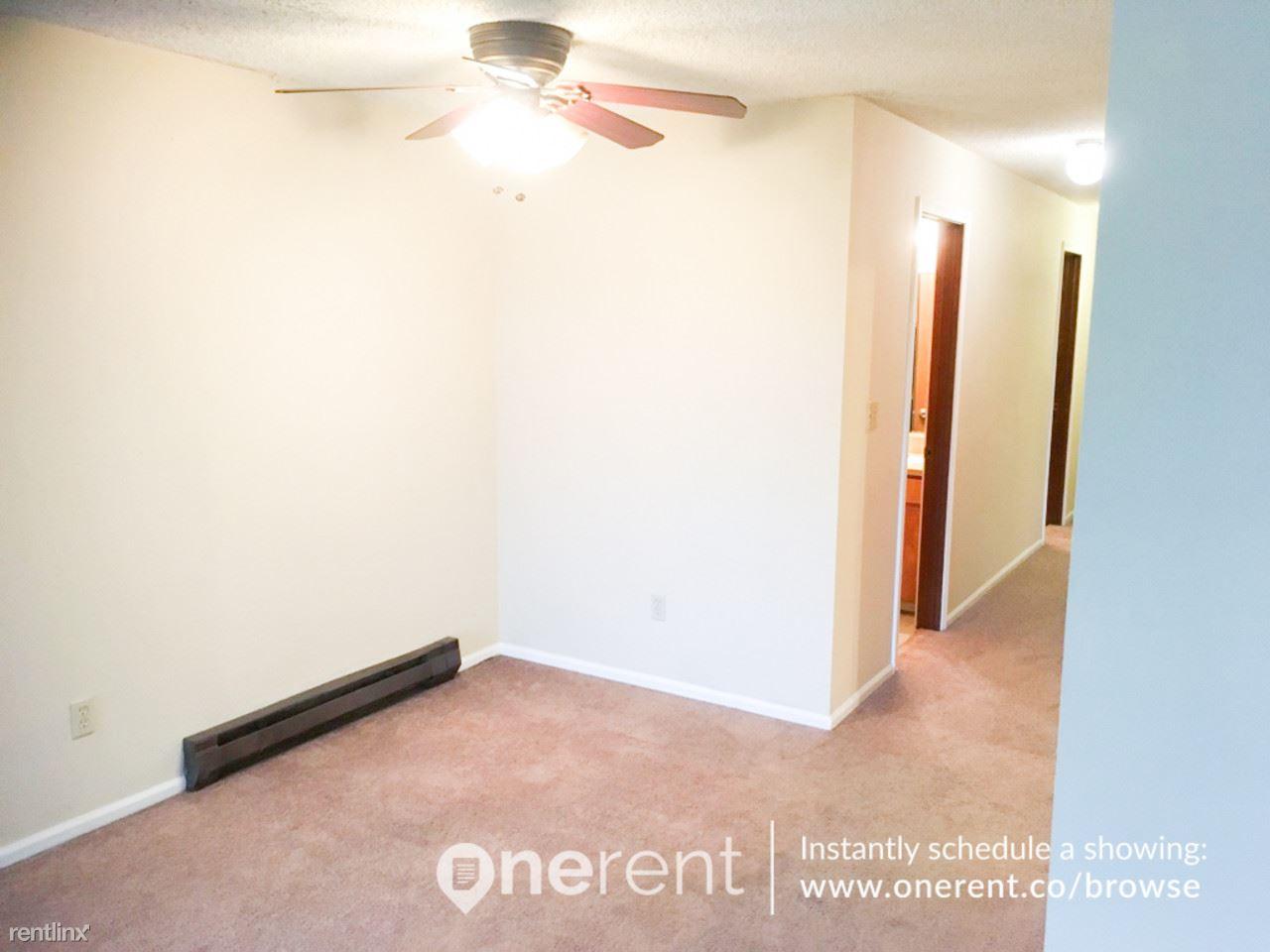 Similar Apartment at 2112 S 107th St