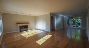 Similar Apartment at 541 Cecelia Ct