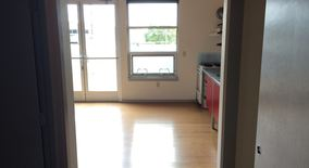 Similar Apartment at 2124 N Flint