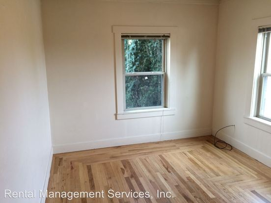 Studio 1 Bathroom Apartment for rent at 8204 N Peninsular Avenue in Portland, OR