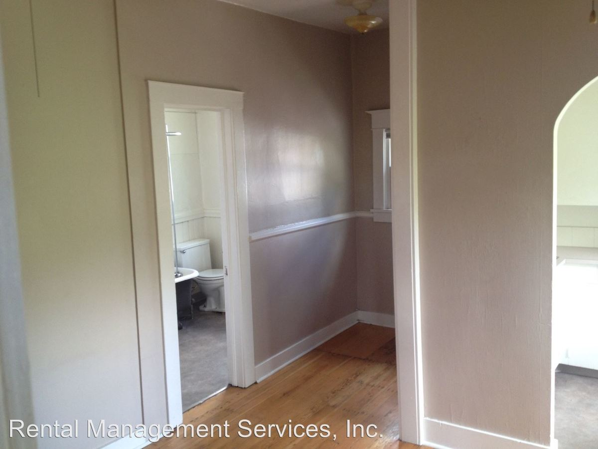 1 Bedroom 1 Bathroom Apartment for rent at 503 Se 12th #1-13, #a-c in Portland, OR