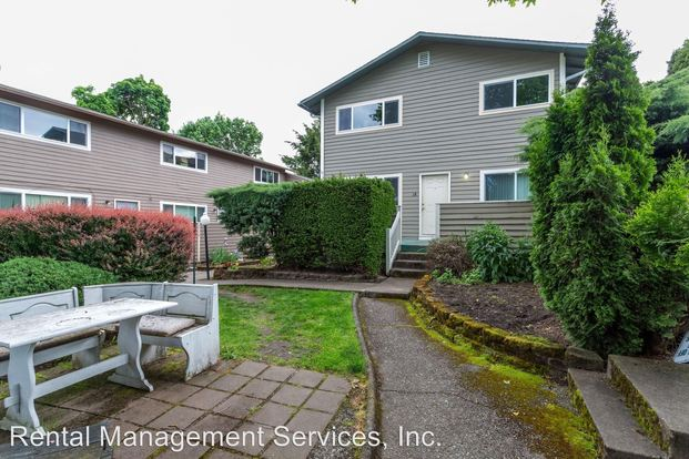 4 Bedrooms 2 Bathrooms Apartment for rent at 2881 2903 Se Francis/28th in Portland, OR