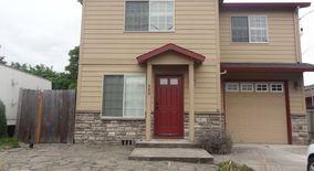 Similar Apartment at 808 Ne 92nd & 9230 Ne Oregon