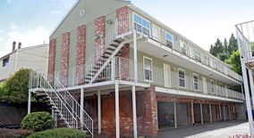 Similar Apartment at 3803 3805 Se Cesar Chavez Blvd