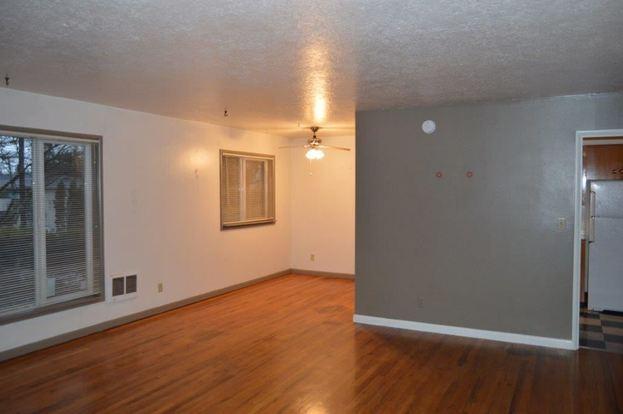 2 Bedrooms 1 Bathroom Apartment for rent at 8805 Sw Cashmur Lane in Portland, OR