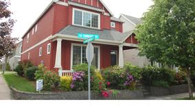 Similar Apartment at 6052 Sw Vinwood Terrace