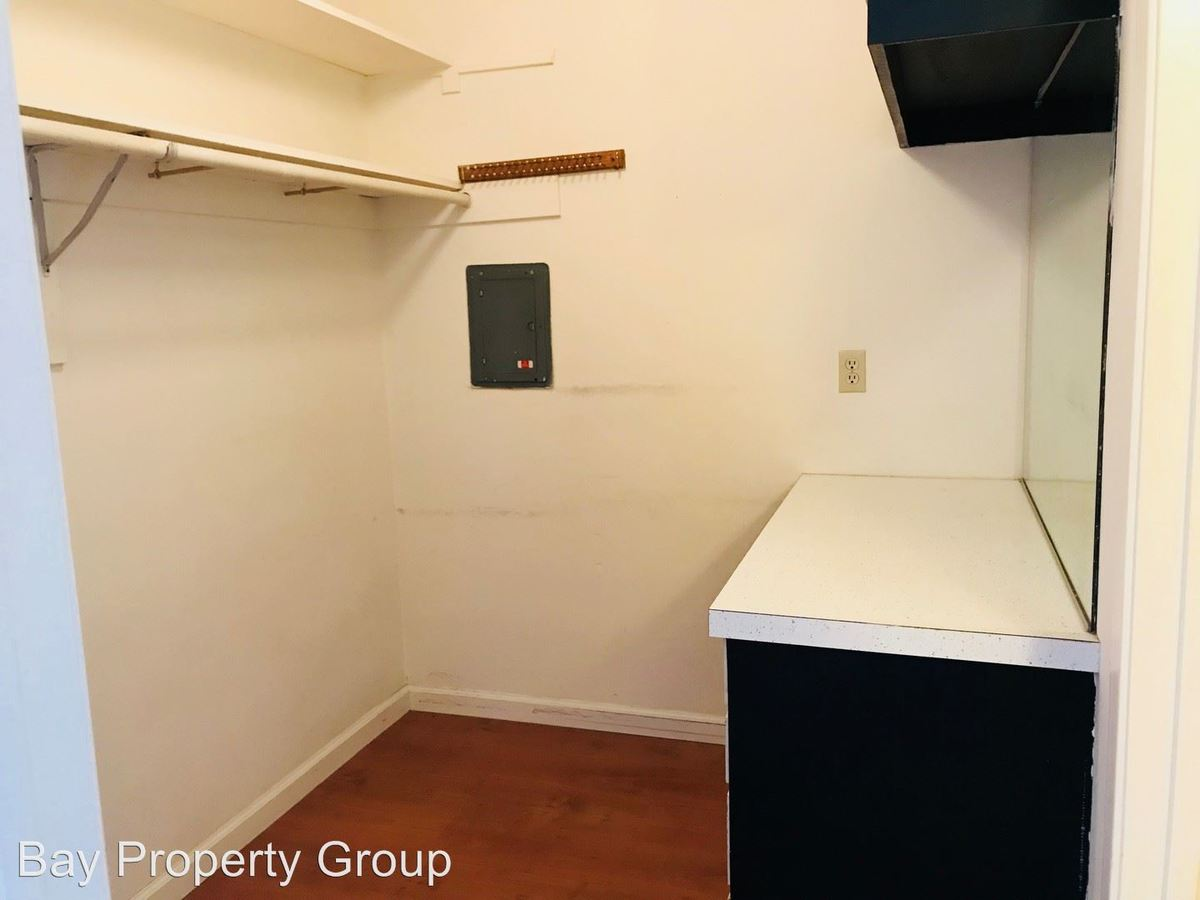 Studio 1 Bathroom Apartment for rent at 1467 7th Ave in San Francisco, CA