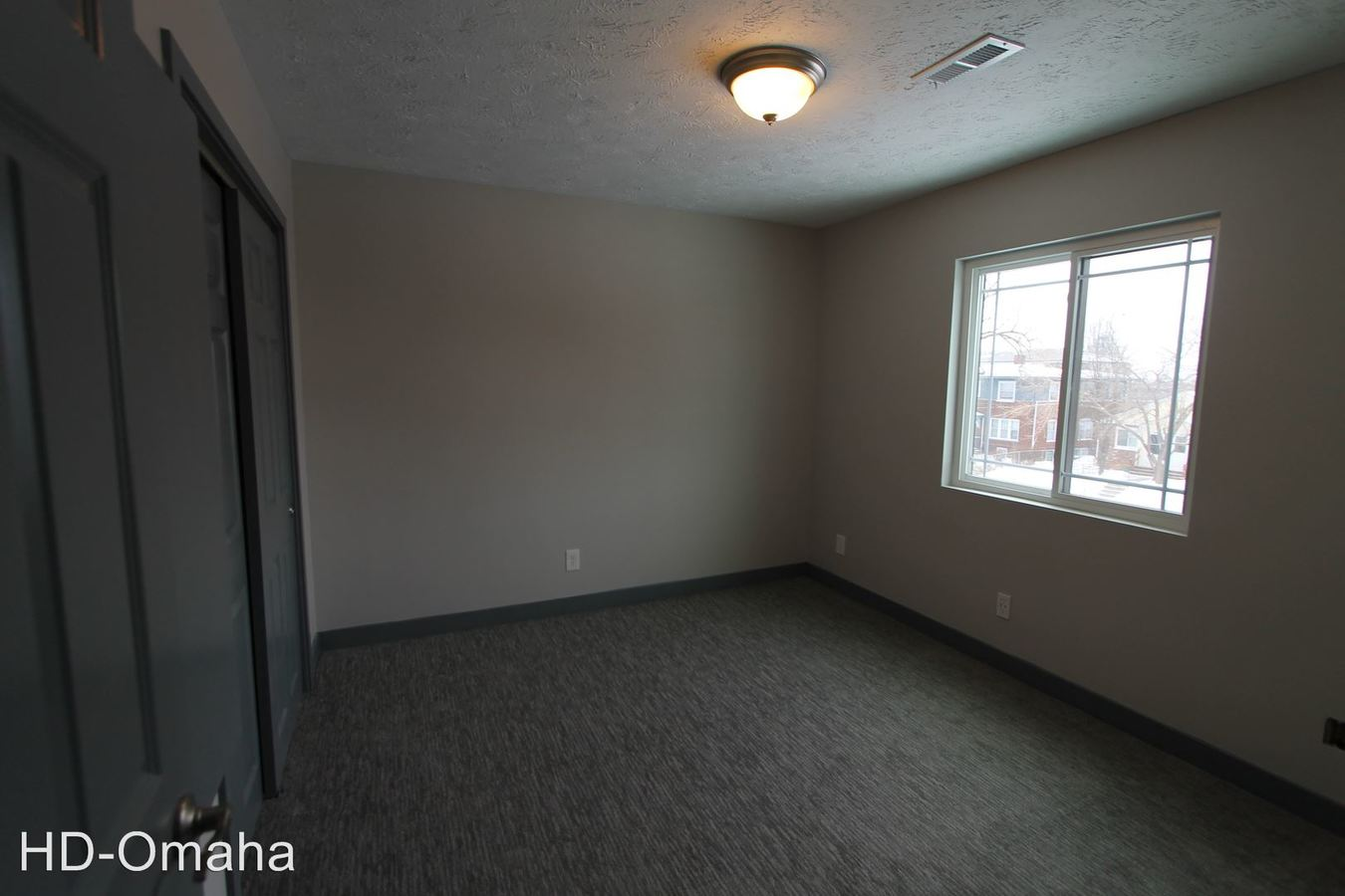 1 Bedroom 1 Bathroom Apartment for rent at 534-542 Park Avenue in Omaha, NE