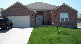 Similar Apartment at 3816 Sw Briarwood Oaks Dr
